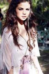 Selena Gomez покоряет континенты