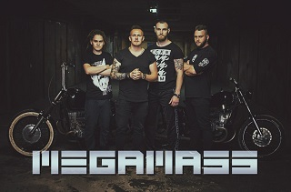 megamass2