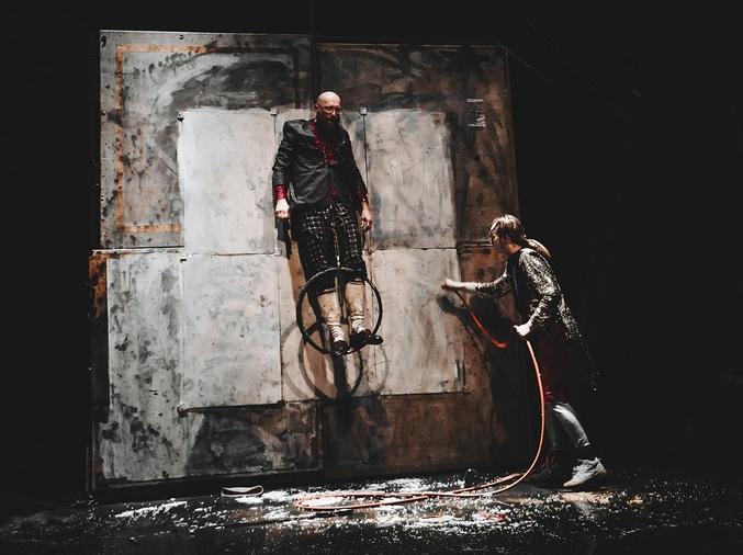 Инженеры и акробаты: Утопия в театре Порох