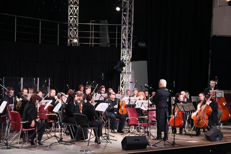 Открытие фестиваля Чайковский.SPB.RU - дань памяти Микаэла Таривердиева
