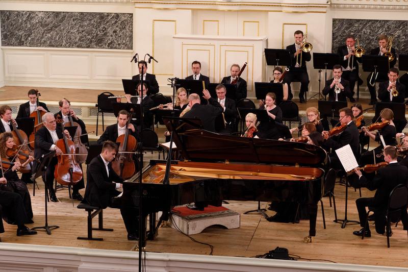 Молодые пианисты покорили Петербург