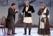 История семьи Тевье с оркестром